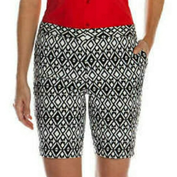 TROUSERS - Bermuda shorts Mario's Sale Cost Ok3Amp